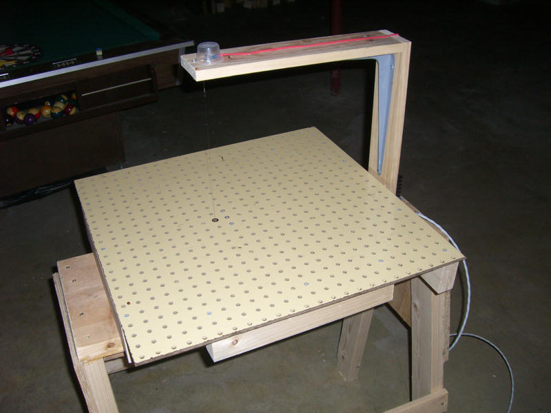 The Two Pictures Above Show An Overall View Of Table It S Just About Feet Square And Is Pretty Much Made From Dimensional Lumber Some Pegboard